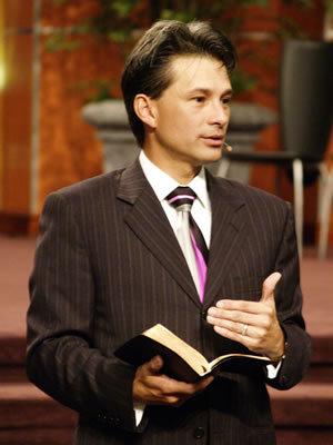 cash luna,enseñanzas cash luna,predicas cash luna,predicaciones cash